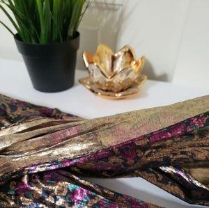 Beautiful (versatile)scarf